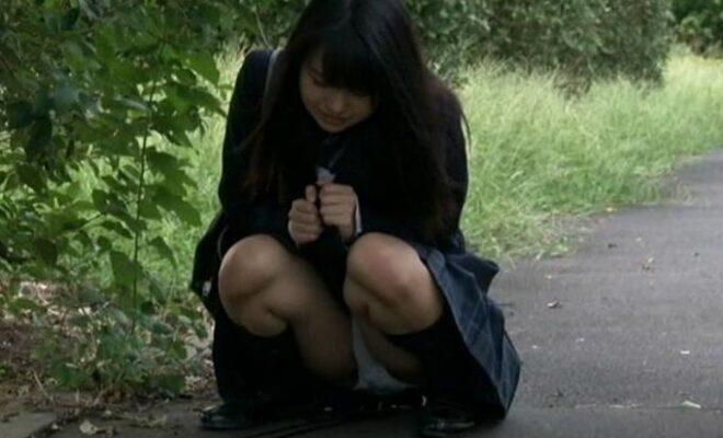 利尿剤を飲まされ我慢できずに何度も失禁イキする女子校生2